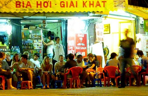 Eating and Drinking - Vietnamese Culture and Tradition